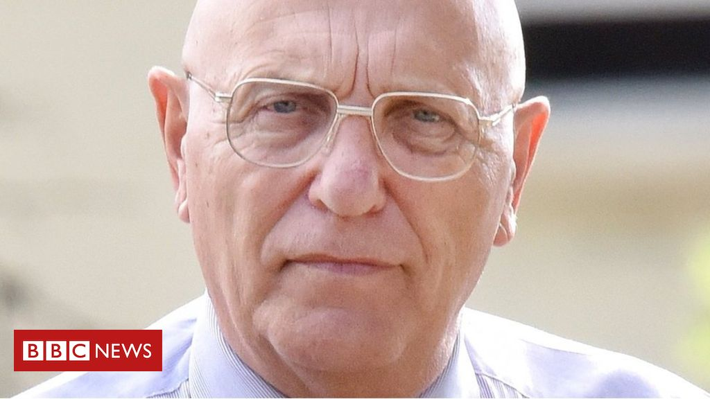 107085254 sn bob higgins 03 - Police 'sorry' over Higgins football sex abuse case
