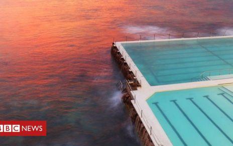 107090267 gettyimages 690280616 - How Sydney's pools became the envy of the world