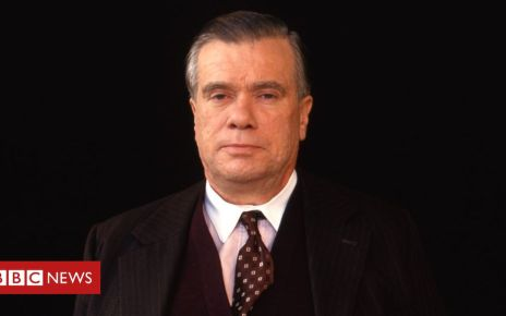 107503985 ventress - Heartbeat actor William Simons dies aged 79