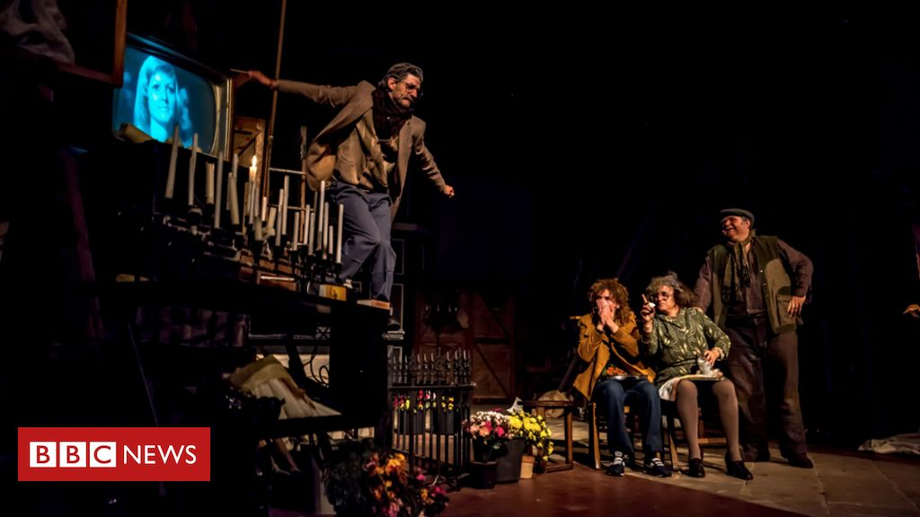 107841022 mif - Manchester International Festival: Play changed over non-disabled casting