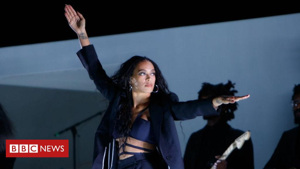 107858850 gettyimages 1161672098 - Solange shines at London's Lovebox