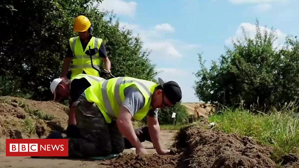 107875830 p07gwh28 - Using archaeology as therapy for veterans
