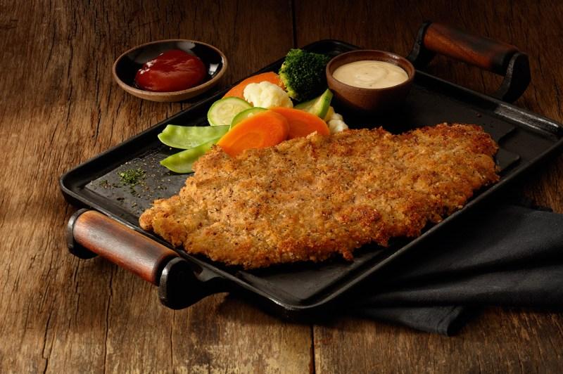 outback-lanca-steak-empanado-exclusivo-para-o-almoco