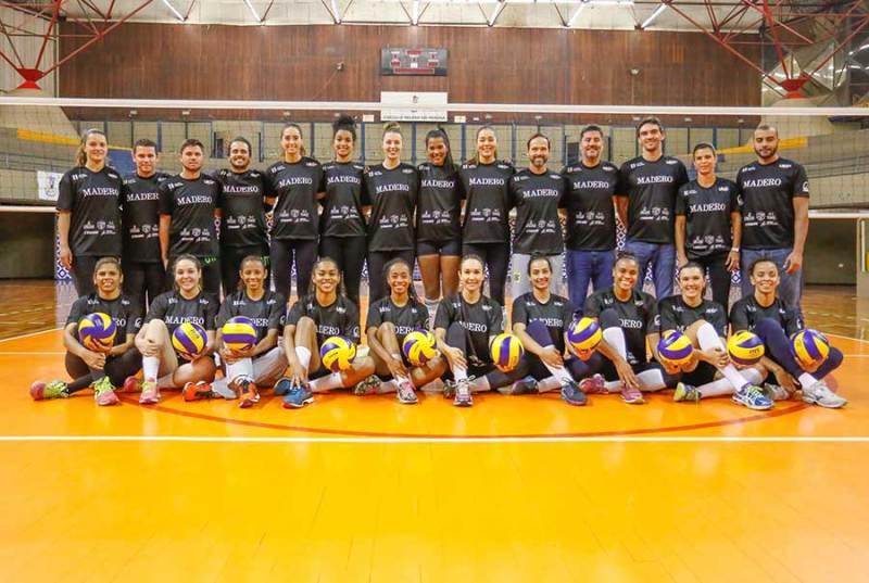 Com apoio de Giba, novo time feminino de vôlei tenta vaga na Superliga