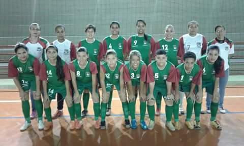 Futsal feminino de Cravinhos conquista vaga nas semifinais