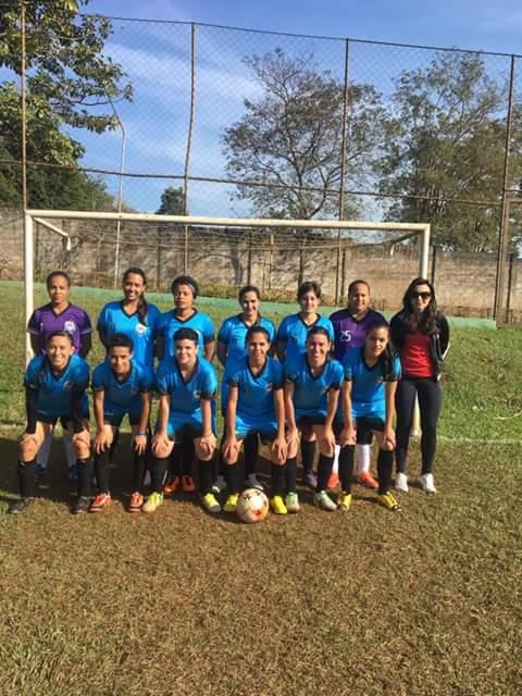 Futebol feminino de campo de Cravinhos disputará o 3º lugar na Copa Recra