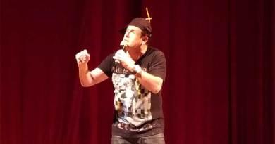 Sérgio Mallandro apresenta standup em Ribeirão Preto