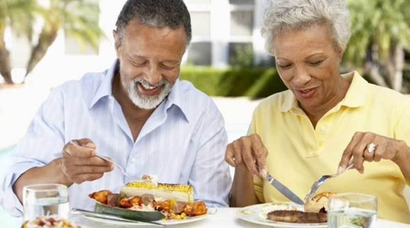 Alimentação saudável para a pessoa idosa