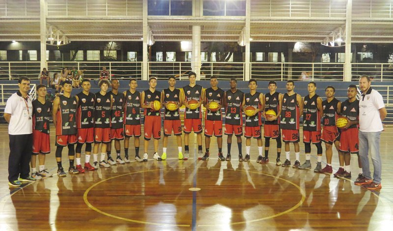 Equipe de Cravinhos assume a liderança do Campeonato Paulista de Basquete