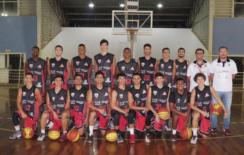 Equipe de Cravinhos vence o time do Pinheiros