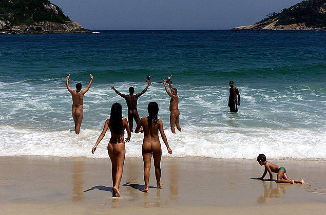 praia nudismo