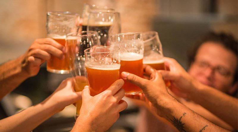 Seja bem-vindo, agosto! E traga muitas cervejas para nós!