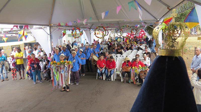 Encontro de Companhia de Santos Reis movimenta mais de 6 mil pessoas