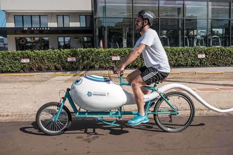 'Bikezoide', símbolo de campanha está em exposição