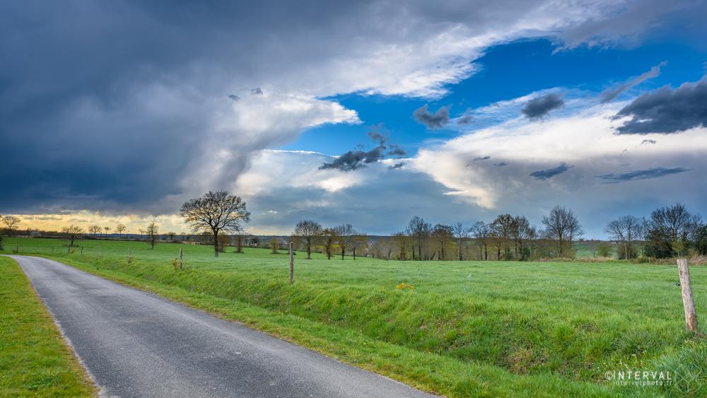 nuages d'orage ©INTERVALphoto