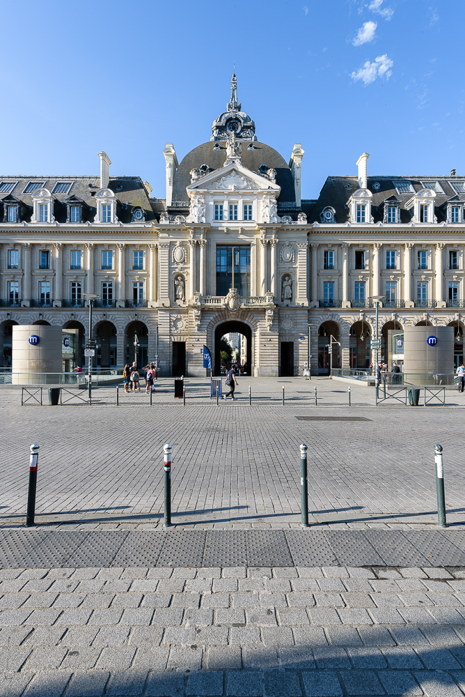 photographe d'architecture ©INTERVALphoto : Paul Bouet Architecte, restructuration La Poste Palais du Commerce, République, Rennes, 35