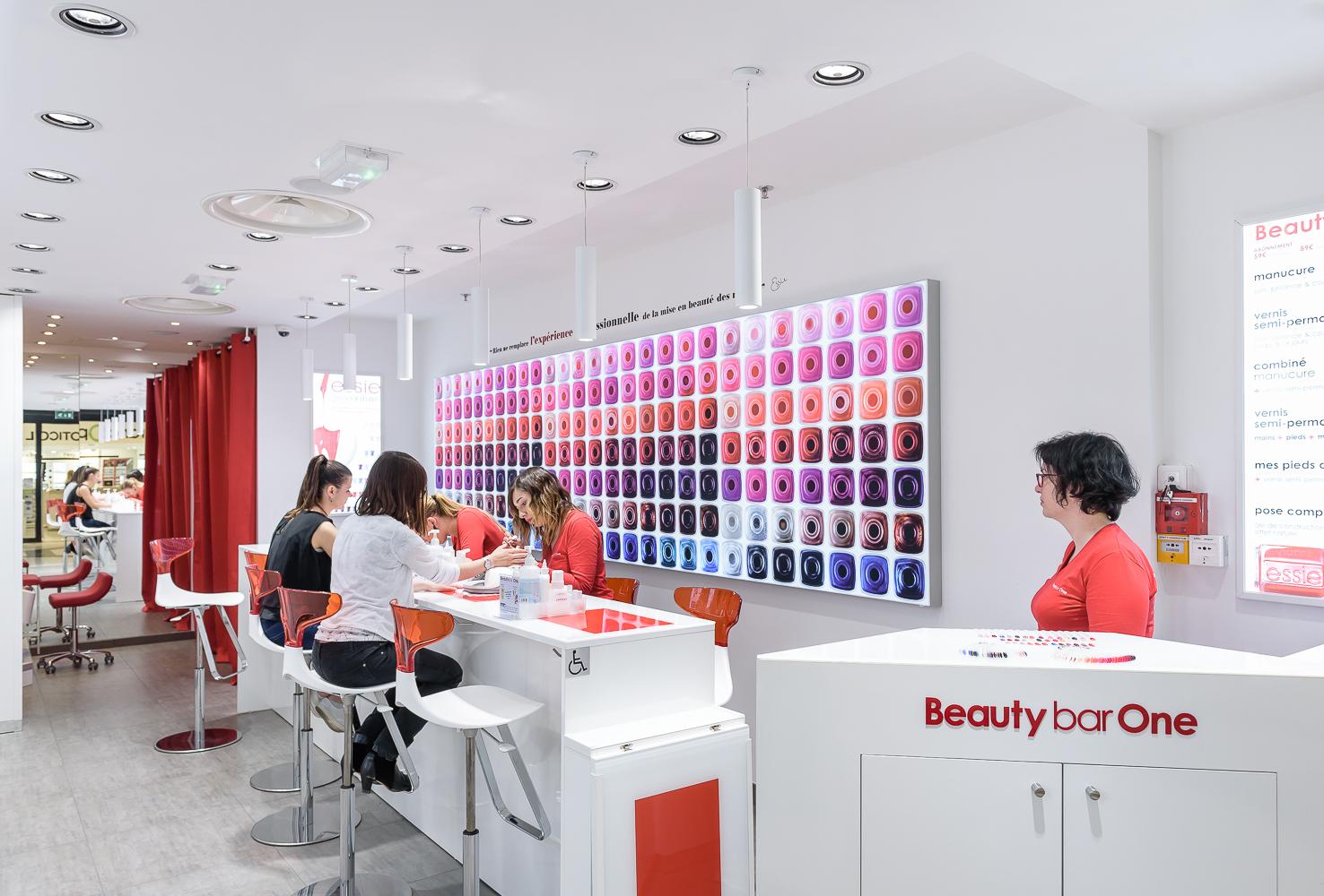 photographe corporate ©INTERVALphoto : Beauty Bar One, AVM Beauté, Rennes(35)