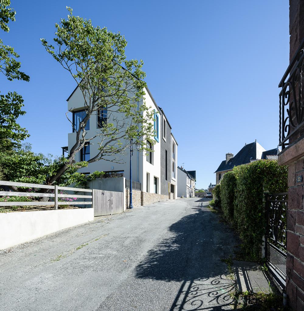 photographe d'architecture ©INTERVALphoto : Bachmann associés architectes, PEROBA, logements collectifs, Saint Lunaire (35)