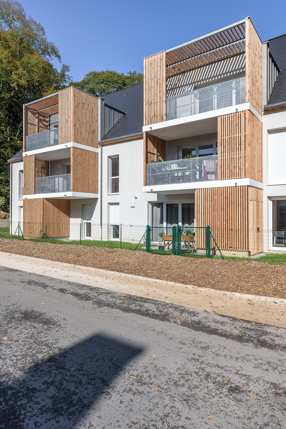 photographe d'architecture ©INTERVALphoto : PAUMIER Architectes Associés, logements collectifs, Chavagne (35)