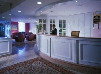 Hotel Europa Riva del Garda , recepción