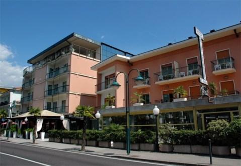 Hotel la Perla Riva del Garda