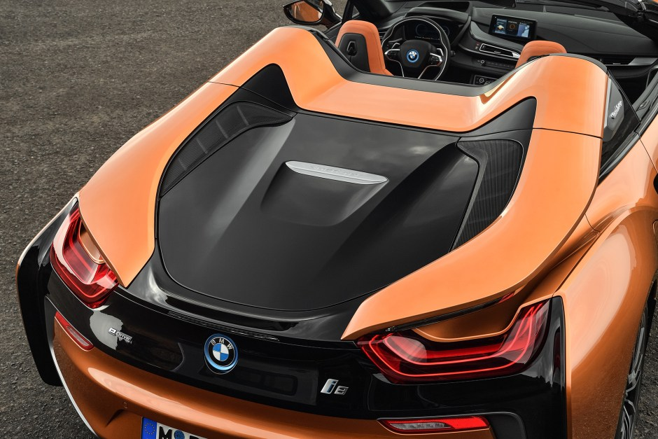 the-new-bmw-i8-roads2.jpg