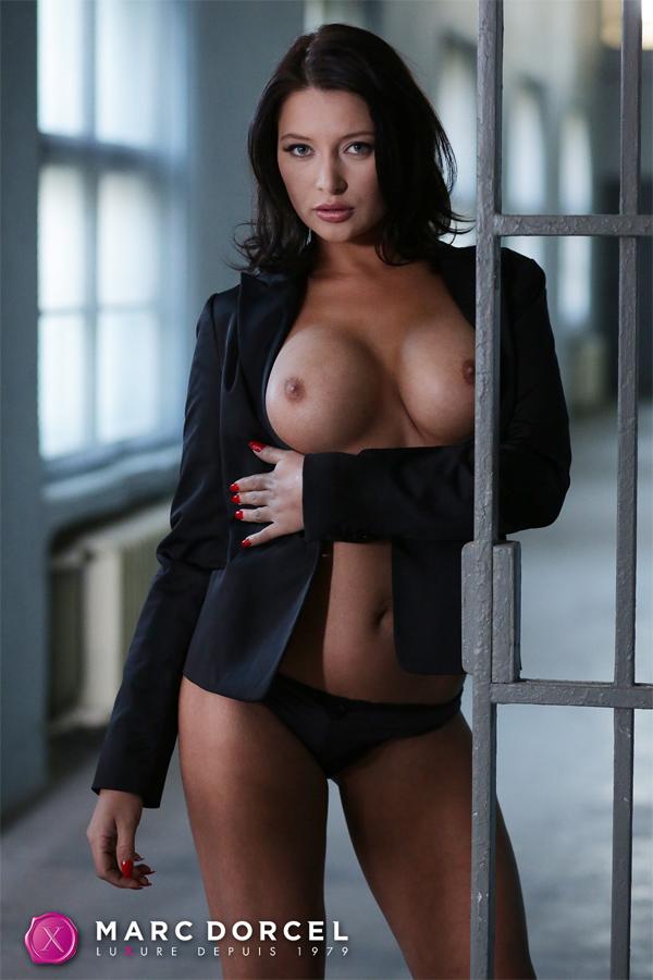 Russian Pornstar Anna 73