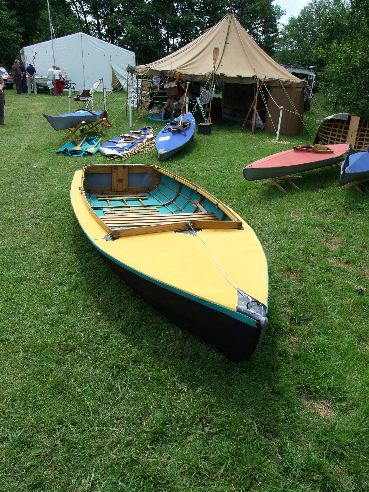 Folding and skin-on-frame boats at this year\'s Beale Park Thames ...