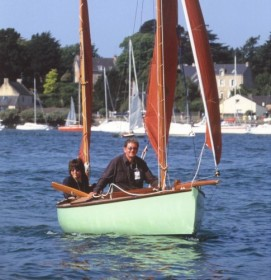 Bunny - 15ft 6in David Moss canoe yawl for sale