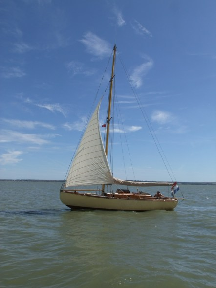 Oare Creek to the Colne and back 1 the man too lazy to raise his mainsail