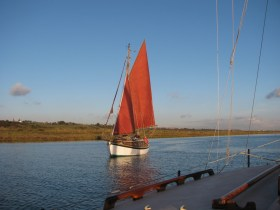 Mariette, a gaff rigged Finesse 24 in Benfleet Creek - Nick Ardley.
