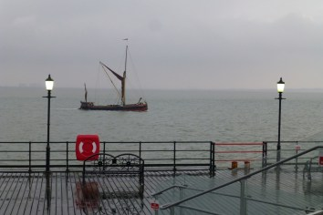 Jimmy Lawrence barge skipper talks on Southend Pier 4