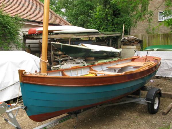Fabian Bush builds a François Vivier Aber dinghy ...