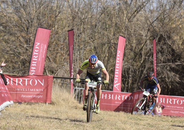 Matthys Beukes in action