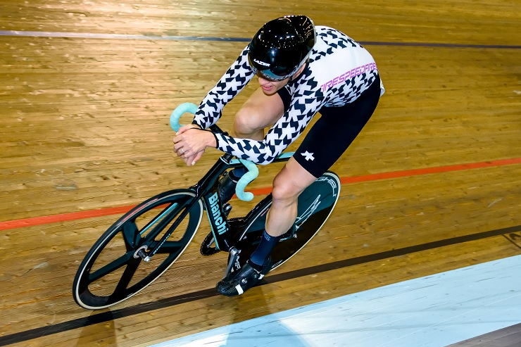 Gert Fouche in action at the Masters Track Cycling World Championships