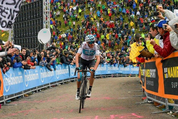 In dramatic fashion, Team Sky's Chris Froome climbed to victory on stage 19 of the Giro d'Italia atop Monte Jafferau. Photo: Marco Alpozzi/LaPresse