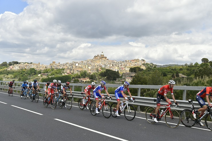 A bunch of riders in action during stage six of the Giro d'Italia