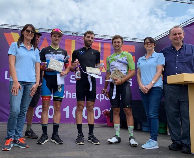 Fast One winner Steven van Heerden (centre) flanked by Travis Barrett, who finished second (left), and Louis Visser, who finished third (right). Photo: Supplied