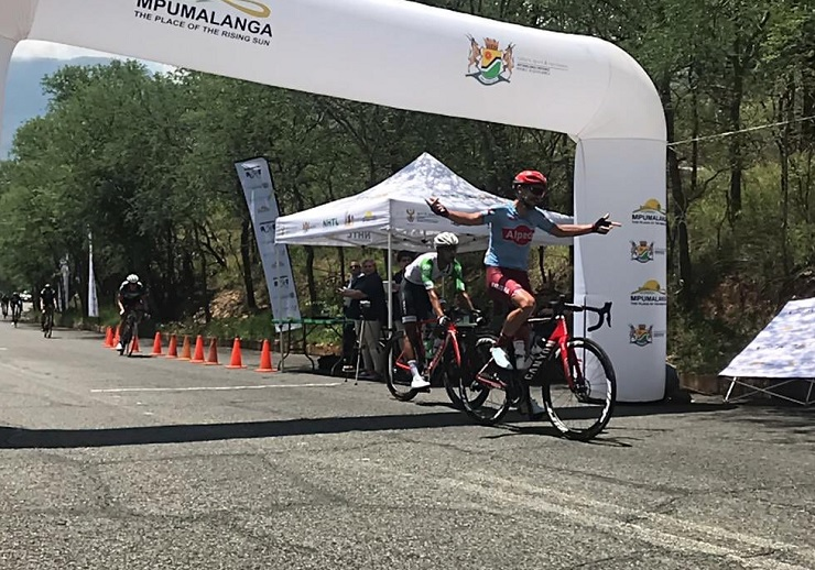 Willie Smit pictured crossing the line to win stage one of the Mpumalanga Tour today. Photo: Twitter/@ForeverResortSA
