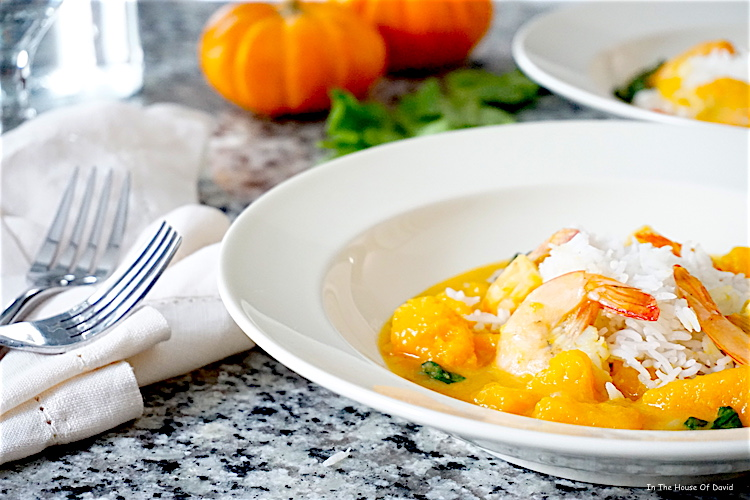 #butternutsquash #butternutsquashrecipes #dinner #lunch #comfortfood #coconutmilk #shrimp #filipino #filipinofood #pinoy
