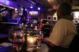 Jazz Bar Besuch mit Wayne