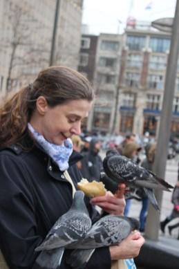 Amsterdam – Taubenfrau