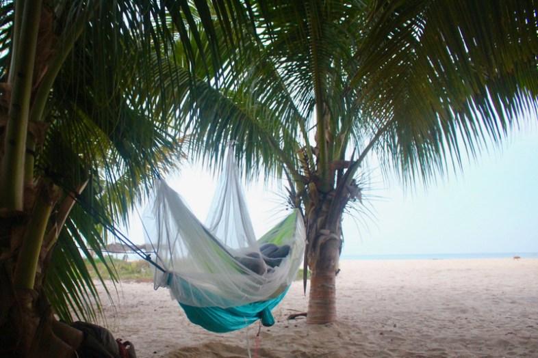 Doppelbett am Strand