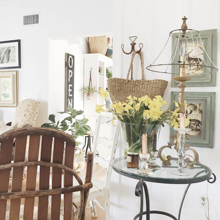farmhouse rustic living room nook