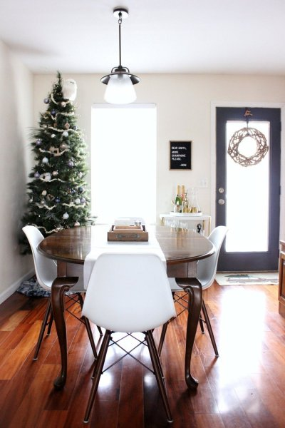 Modern Minimalist Holiday Home Tour 2017