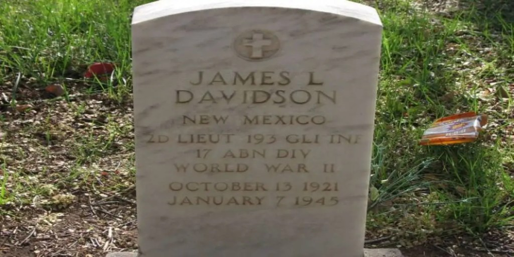 A Visit for a Fallen Friend – A Veterans Day Post