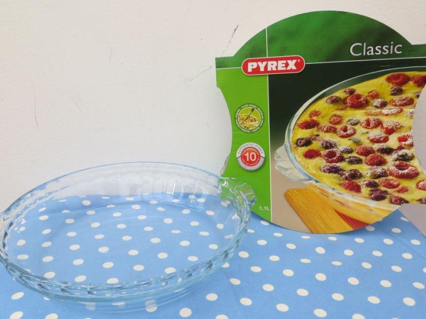 pyrex cake dish