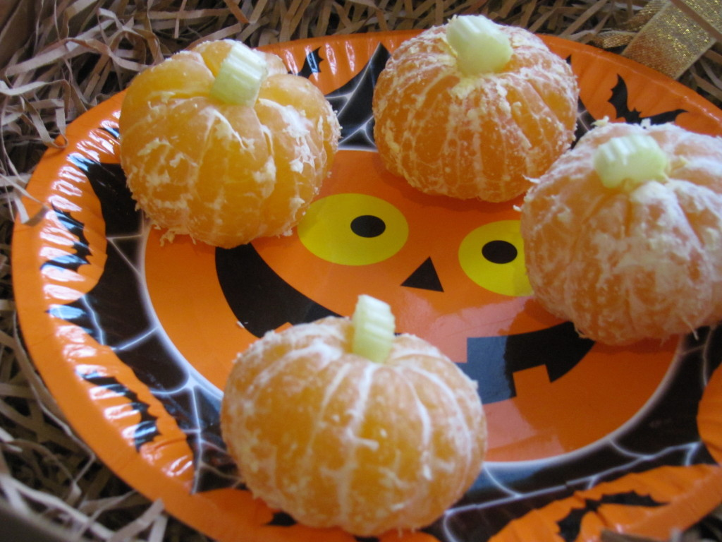 orange pumpkins easy halloween idea