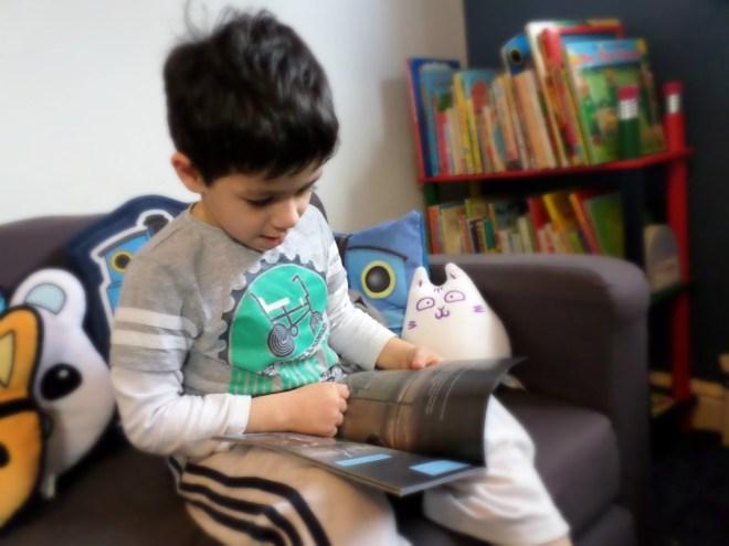reading robot slayer