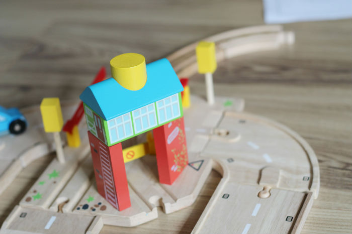 Bigjigs road and rail link item - the signal box